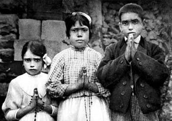350px-Fatima_children_with_rosaries