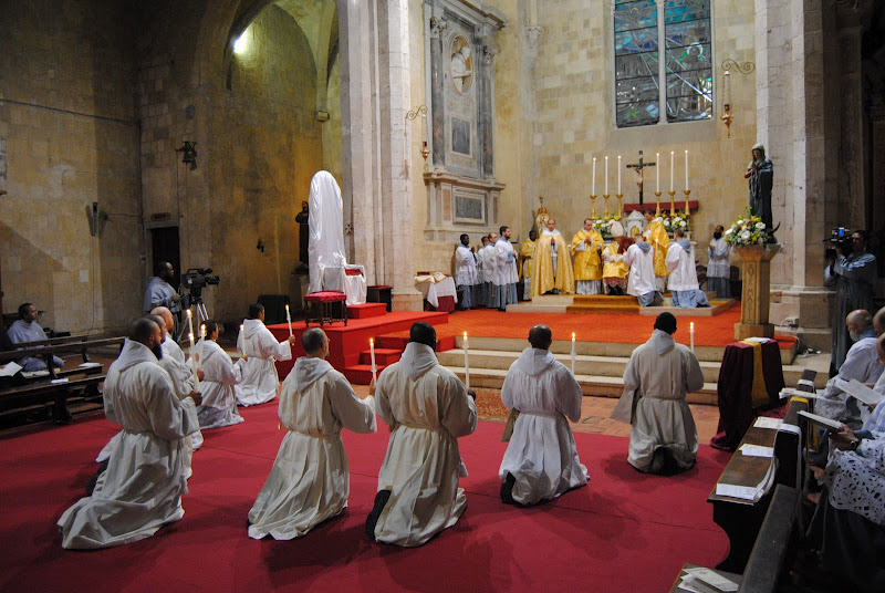 Franciscans of the Immaculate_deaconate ordination