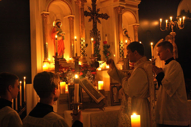 Midnight Mass_FSSP_Gospel